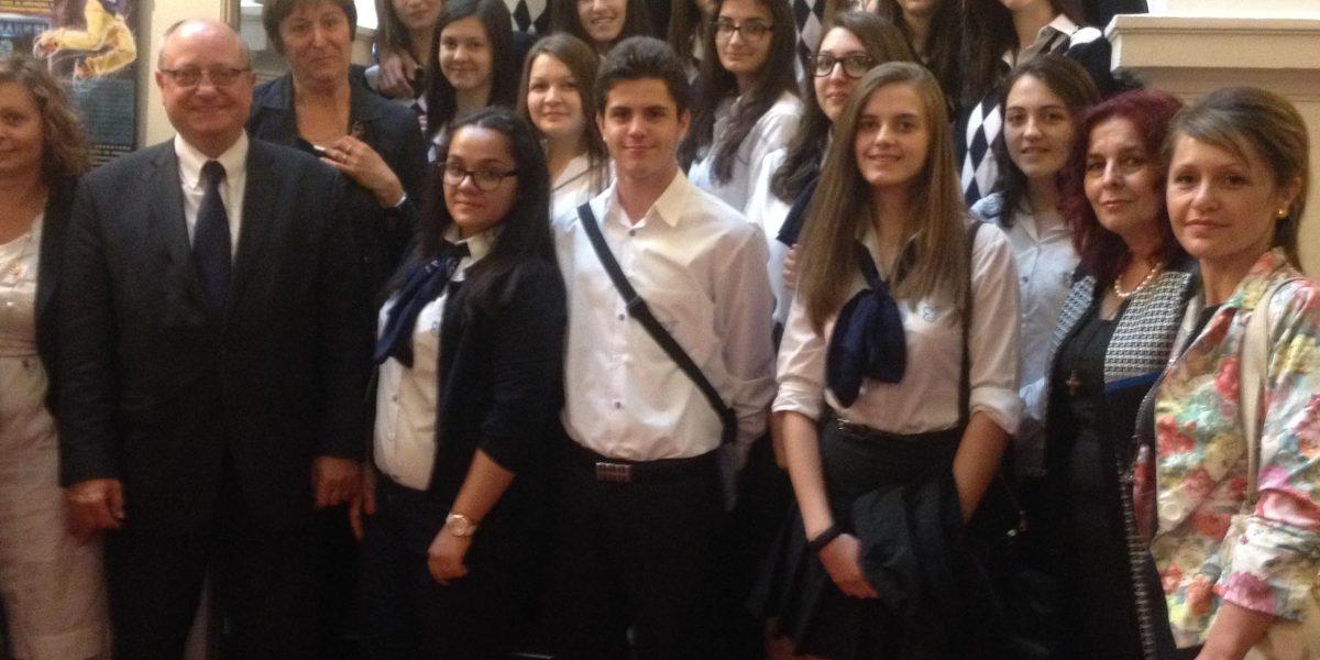 9a klas poseshtenie na parlamenta2015